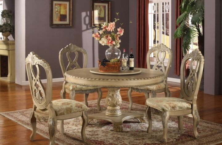How To Spot An Antique Table