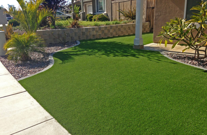 Install The Artificial Grass In Your Home To Get Adorable Look