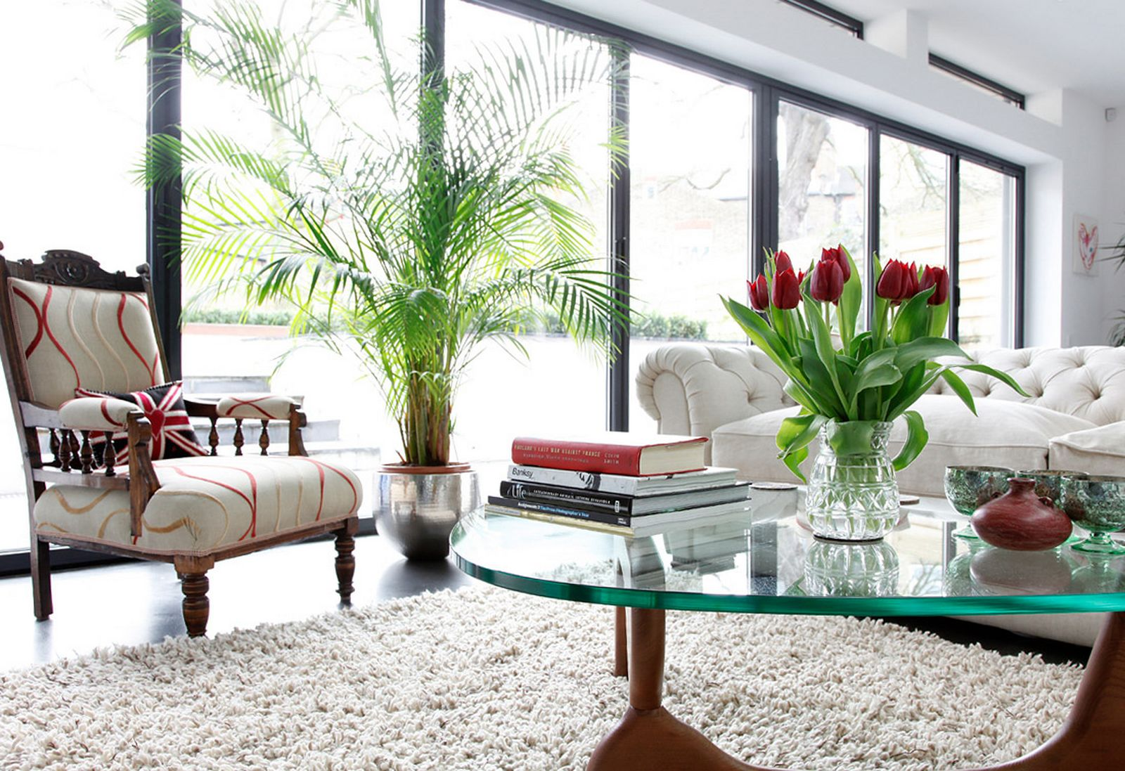 How To Decorate A Coffee Table Leaf Lette