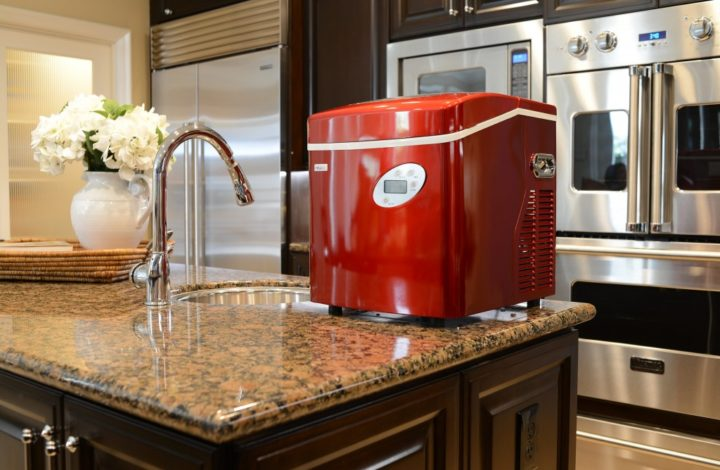 Try To Choose The Best Ice Makers As Your Needs
