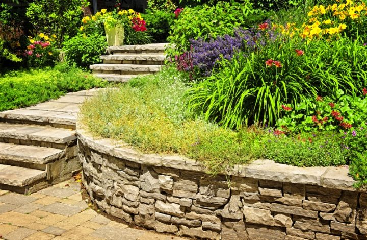 How To Pick The Best Landscaping Service