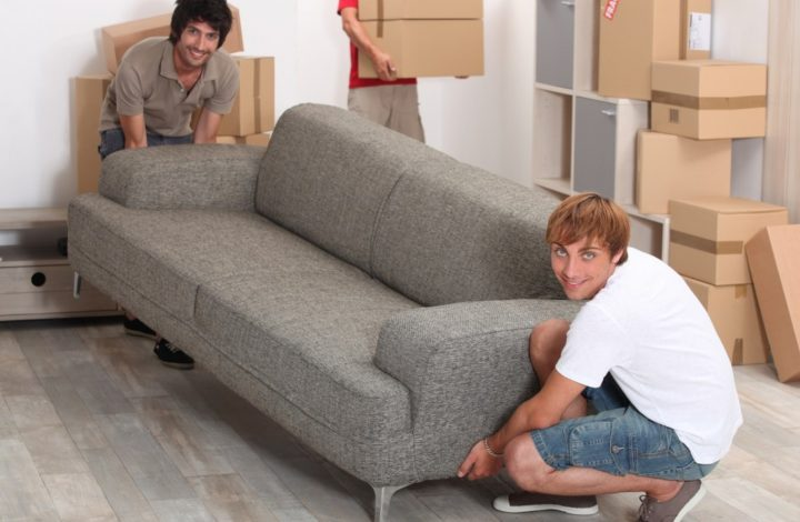 5 Tips To Make Moving Large Items Of Furniture Easier