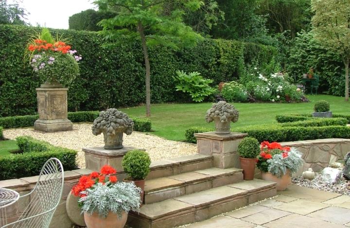 elegant-country-garden