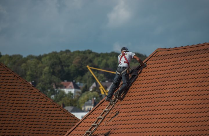 How To Select The Best Roof Repairs Professionals In Richmond?